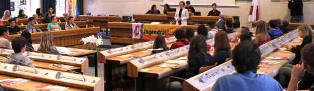 Der Landratssaal in den Händen der Baselbieter Jugend